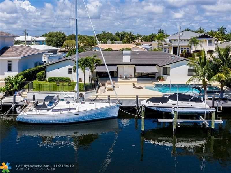 105\' dock with full marine power in two locations 18,000 lb. lift. So close to Hillsboro Inlet