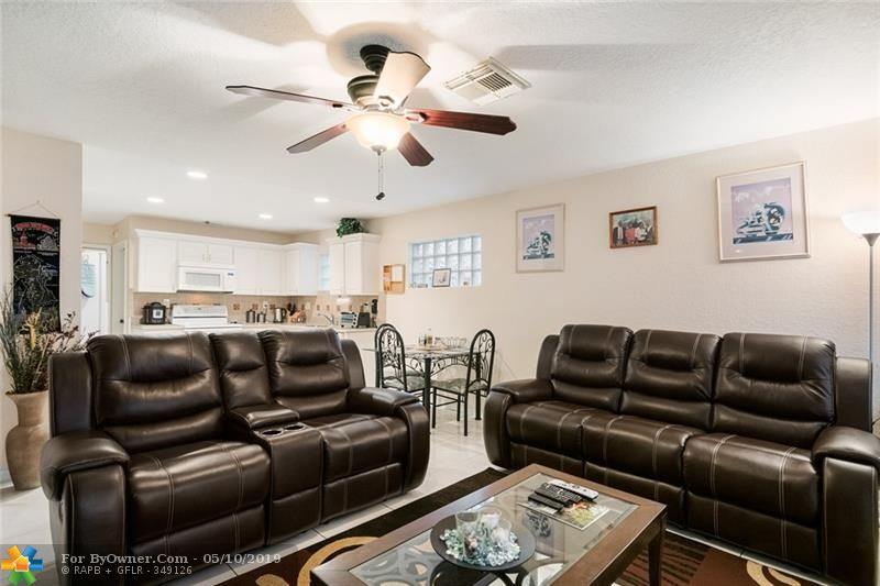 3732 NW 63rd Court, Coconut Creek, Florida image 13