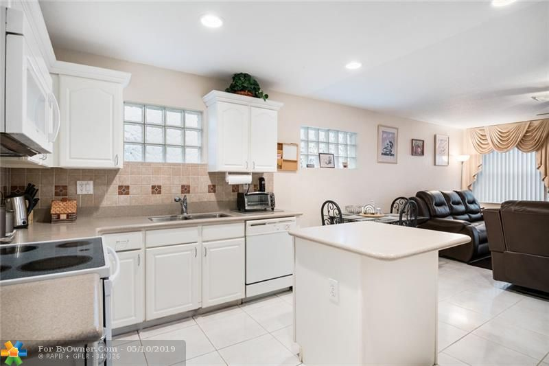 3732 NW 63rd Court, Coconut Creek, Florida image 16