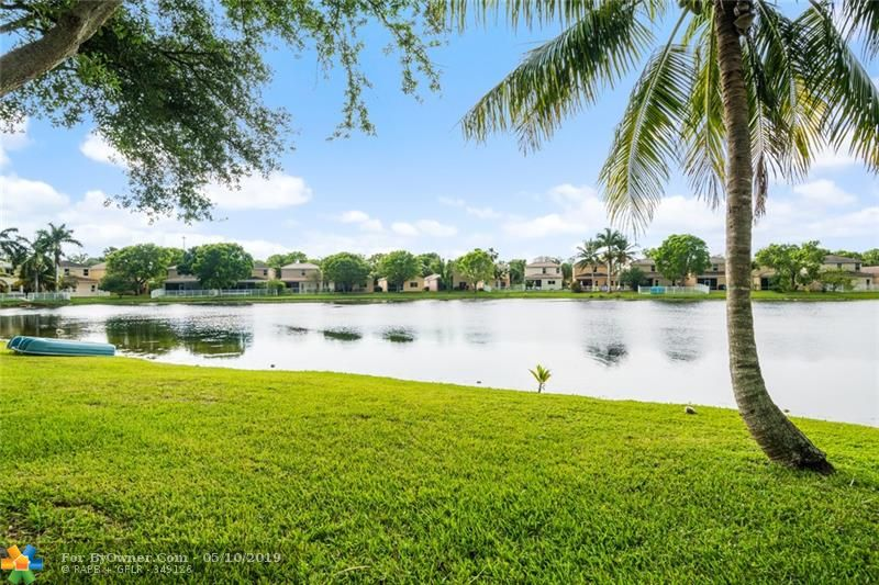 3732 NW 63rd Court, Coconut Creek, Florida image 9