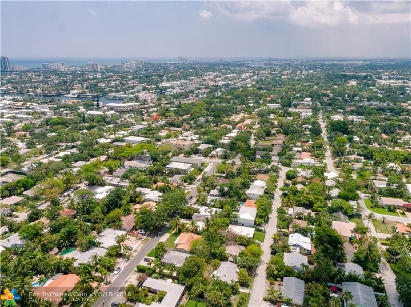 738 NE 17th Rd, Fort Lauderdale, Florida image 12