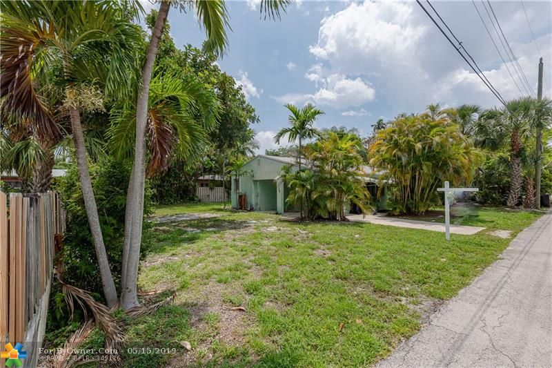 738 NE 17th Rd, Fort Lauderdale, Florida image 3
