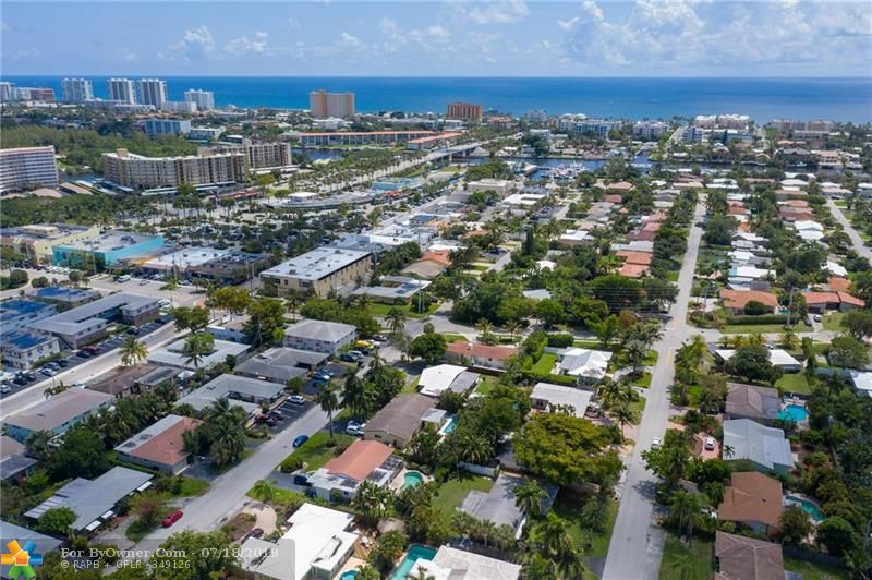 Close to everything Deerfield Beach has to offer!
