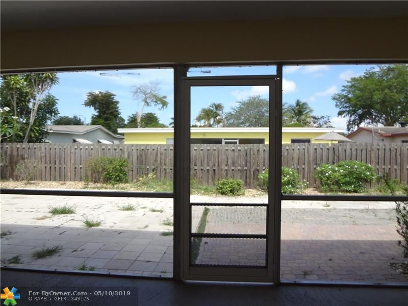140 NW 80th Ter, Margate, Florida image 20