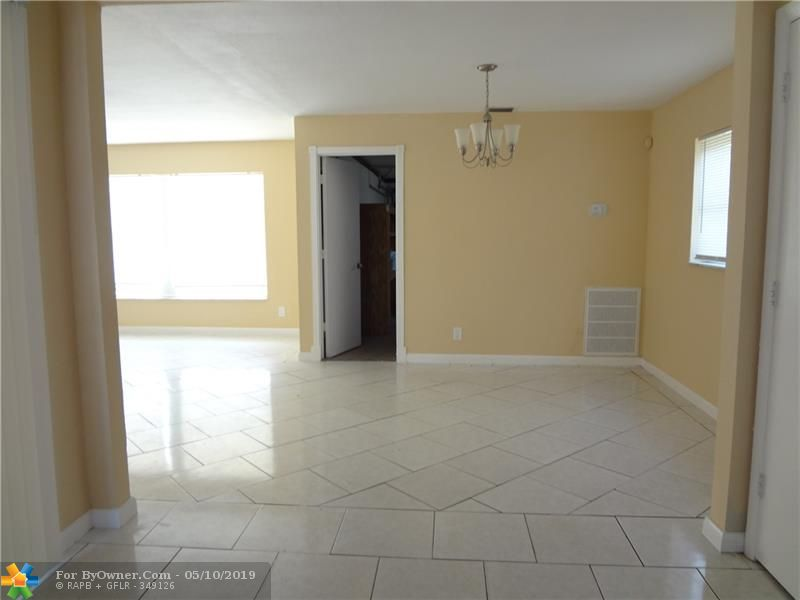 140 NW 80th Ter, Margate, Florida image 7