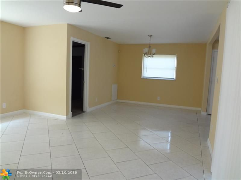 140 NW 80th Ter, Margate, Florida image 9