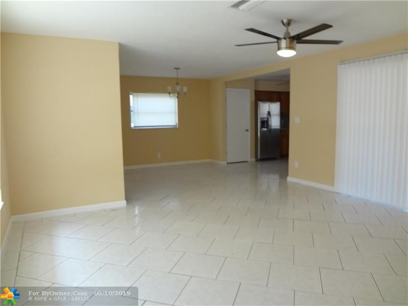 140 NW 80th Ter, Margate, Florida image 10