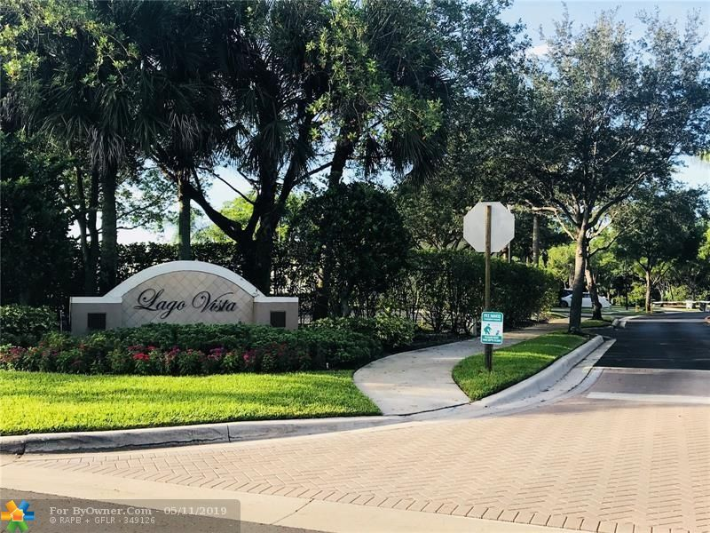 4752 Lago Vista Dr #4752, Coconut Creek, Florida image 14