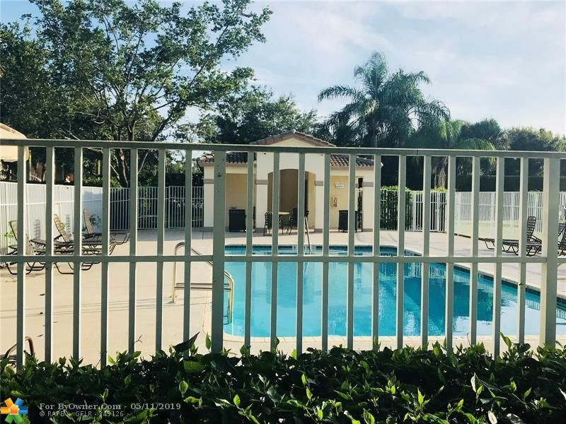 4752 Lago Vista Dr #4752, Coconut Creek, Florida image 16