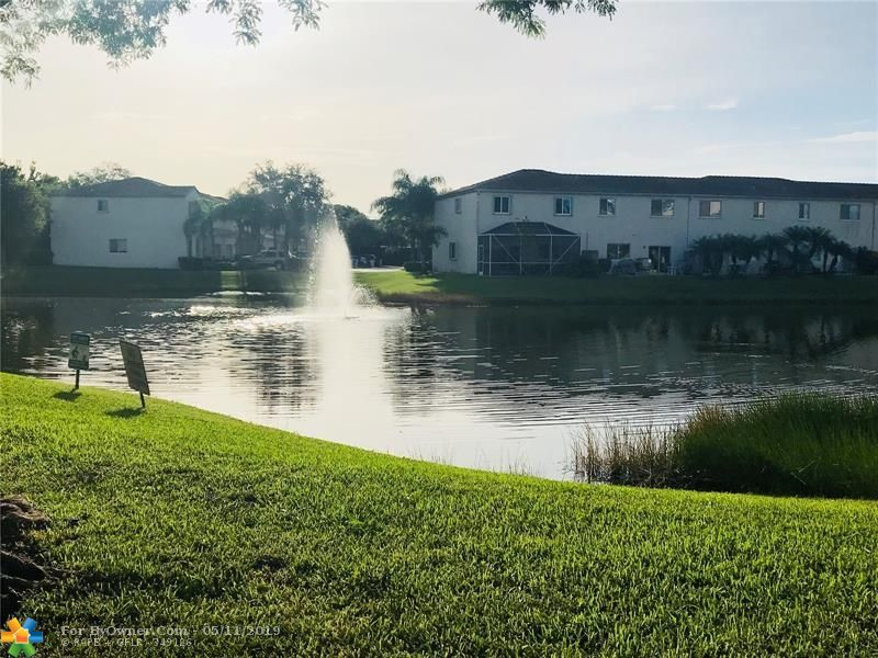 4752 Lago Vista Dr #4752, Coconut Creek, Florida image 17