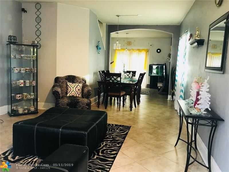 4752 Lago Vista Dr #4752, Coconut Creek, Florida image 5