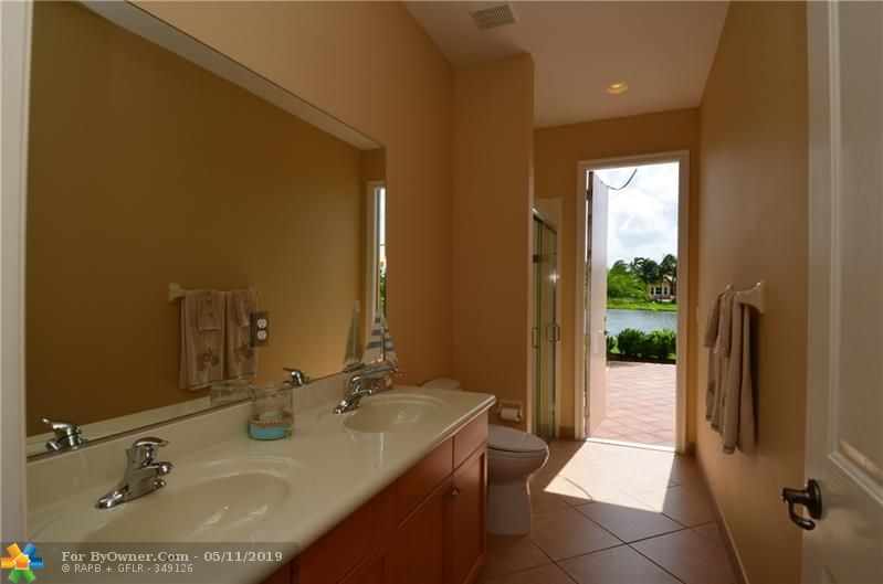 15192 SW 40th St, Davie, Florida image 21