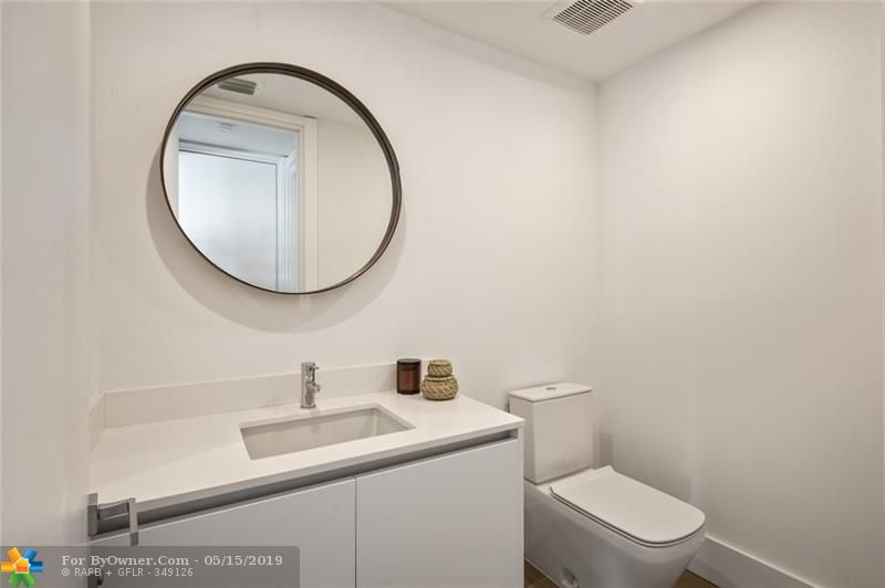 133 Isle Of Venice Dr #501, Fort Lauderdale, Florida image 14