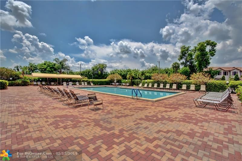 6105 Coral Lake Dr #105, Margate, Florida image 15