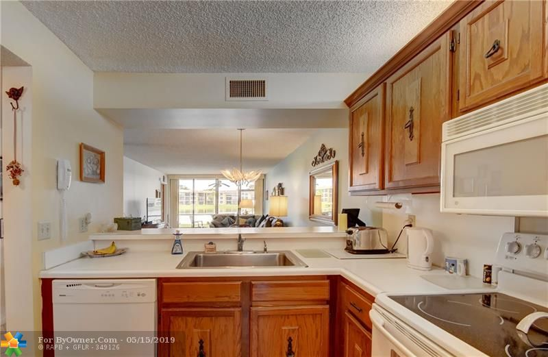 6105 Coral Lake Dr #105, Margate, Florida image 30