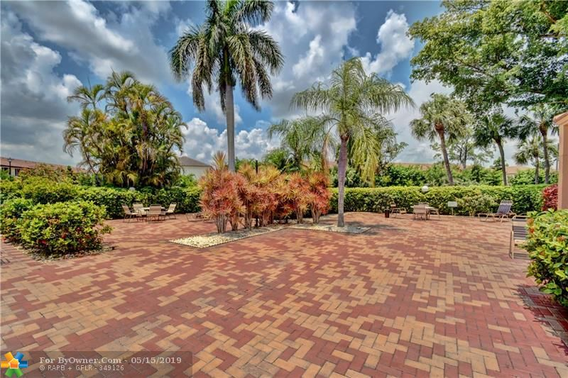 6105 Coral Lake Dr #105, Margate, Florida image 34