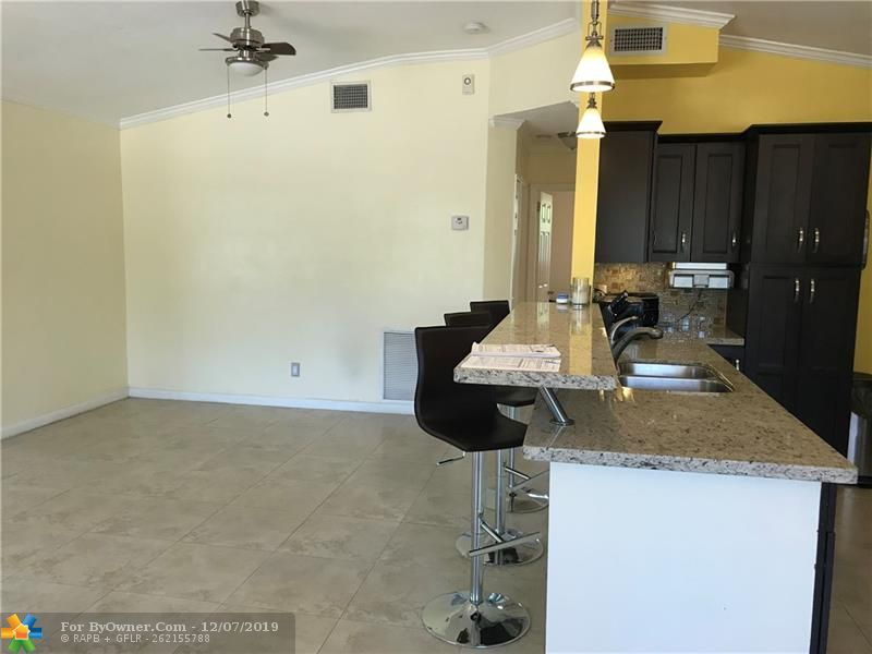 3160 SW 20th St, Fort Lauderdale, Florida image 10