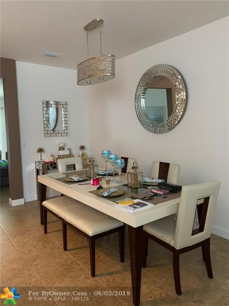 5247 Ellery Ter #5247, West Palm Beach, Florida image 5