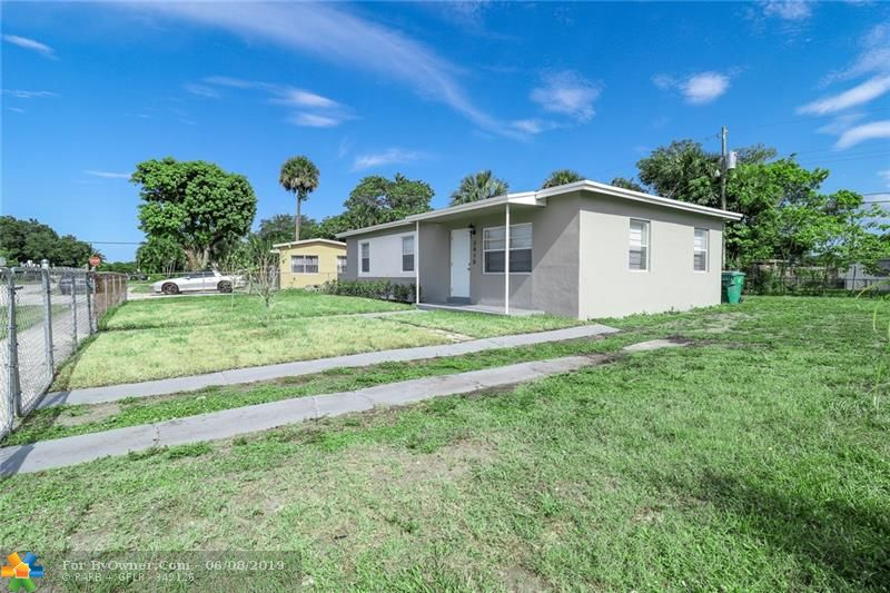 3410 NW 7th Ct, Lauderhill, Florida image 4