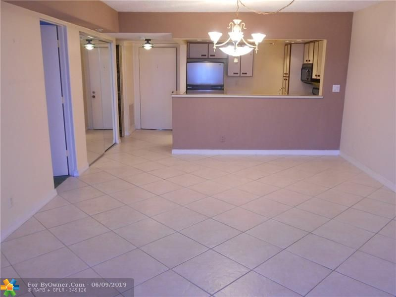 740 S Federal Hwy #611, Pompano Beach, Florida image 15