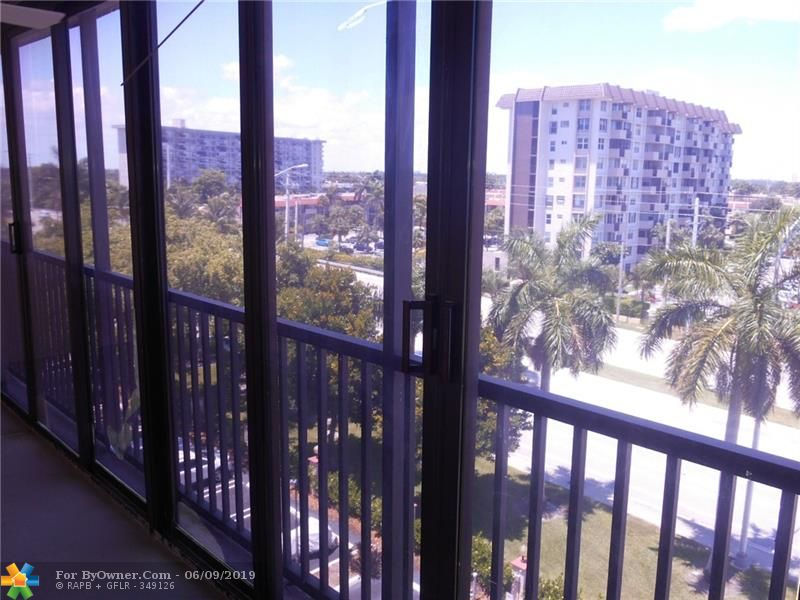 740 S Federal Hwy #611, Pompano Beach, Florida image 32