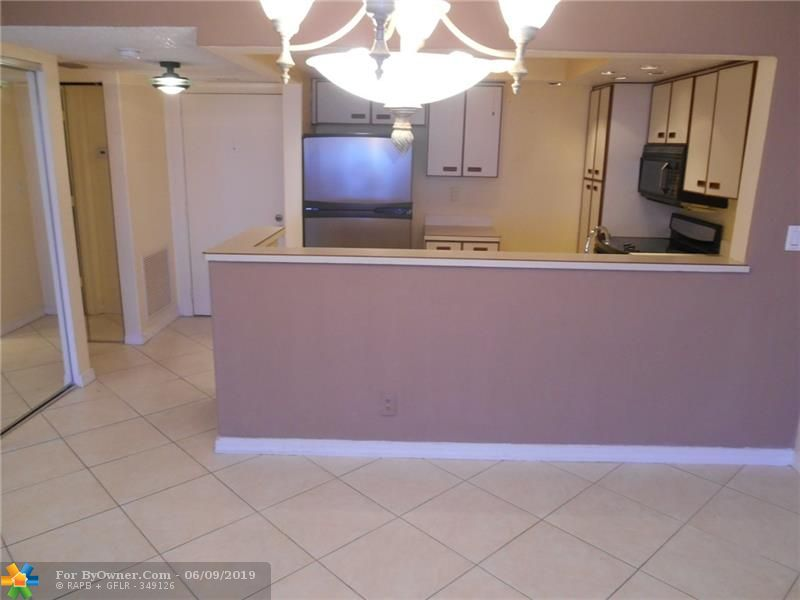740 S Federal Hwy #611, Pompano Beach, Florida image 10