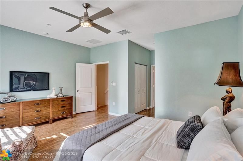 708 SW 2nd Ave #708, Pompano Beach, Florida image 21