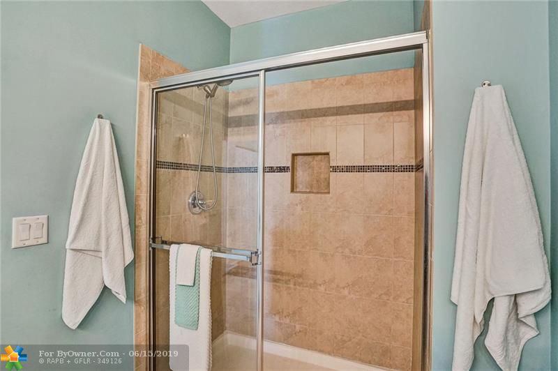 708 SW 2nd Ave #708, Pompano Beach, Florida image 25
