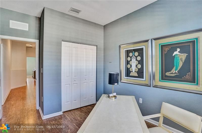 708 SW 2nd Ave #708, Pompano Beach, Florida image 32