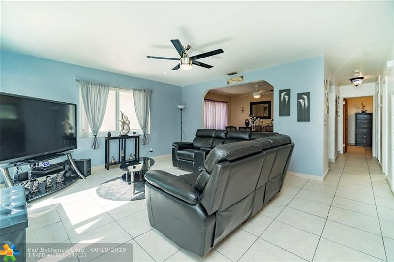 510 S 26th Ave, Hollywood, Florida image 12