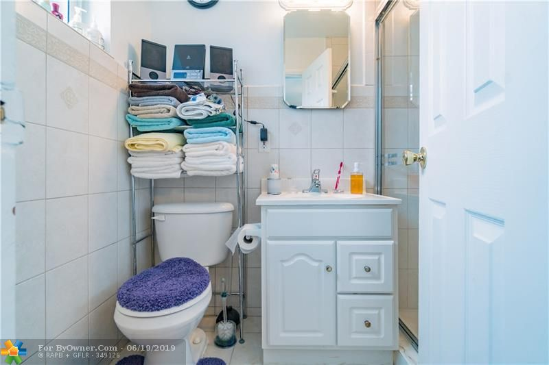 510 S 26th Ave, Hollywood, Florida image 25