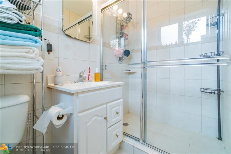 510 S 26th Ave, Hollywood, Florida image 26