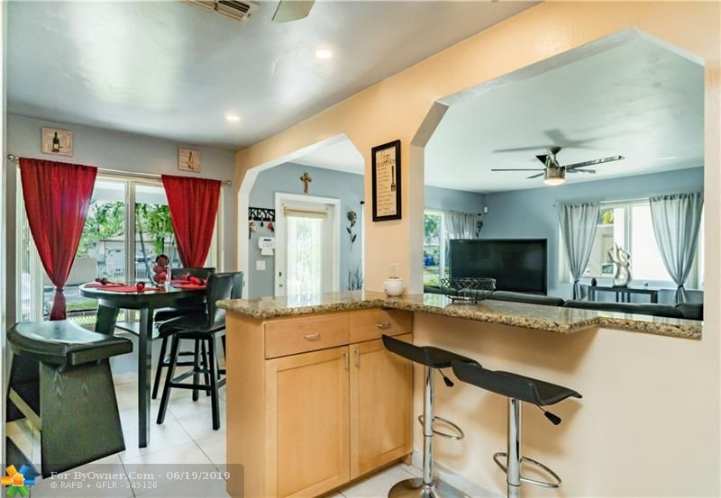 510 S 26th Ave, Hollywood, Florida image 8