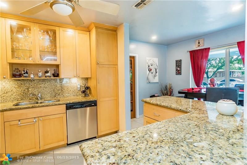 510 S 26th Ave, Hollywood, Florida image 9