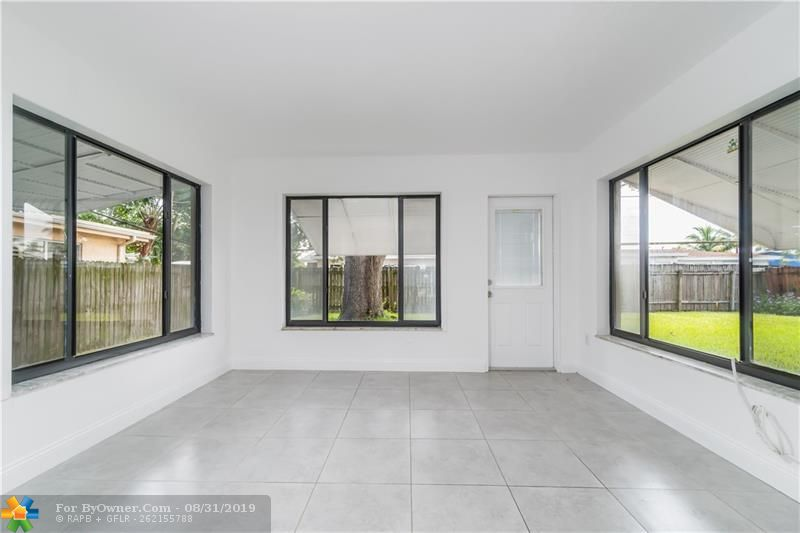 2930 NW 9th Ter, Wilton Manors, Florida image 12