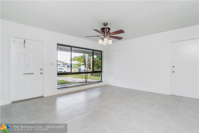 2930 NW 9th Ter, Wilton Manors, Florida image 4