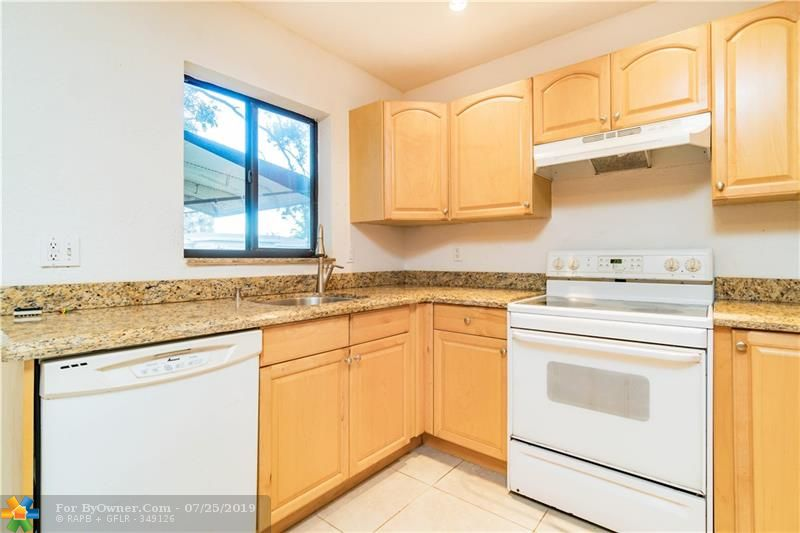 2930 NW 9th Ter, Wilton Manors, Florida image 32