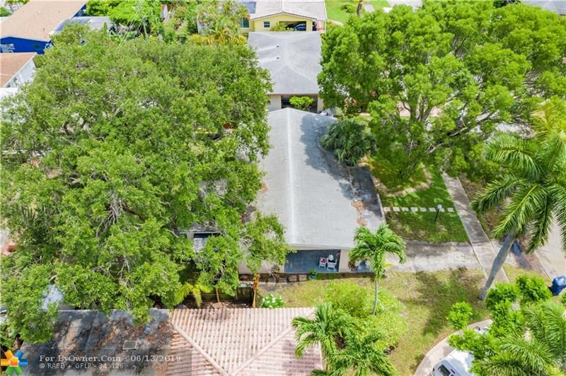 2930 NW 9th Ter, Wilton Manors, Florida image 35