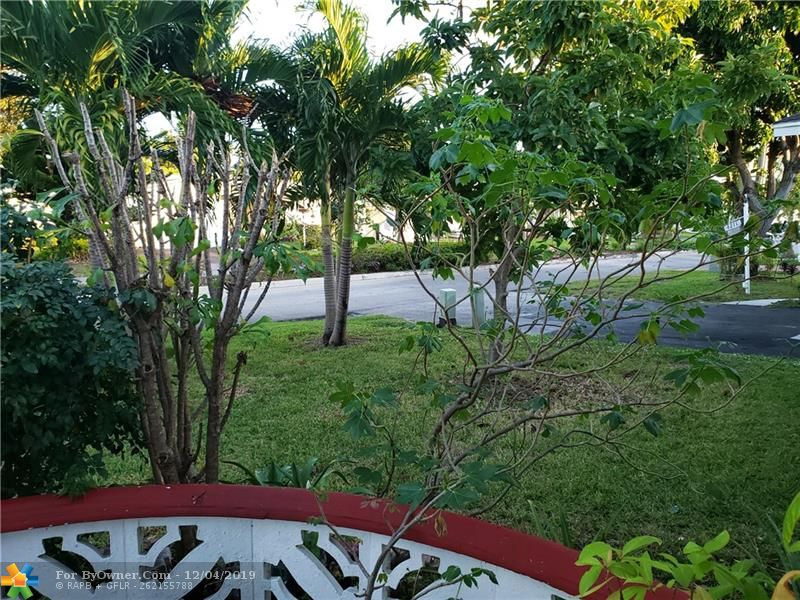 4215 NW 52nd Ave, Lauderdale Lakes, Florida image 9