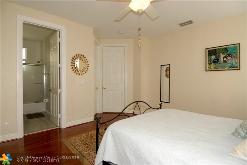 Another view of bedroom #3 w/private bathroom