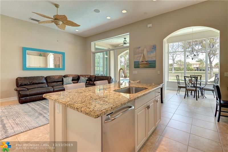 10878 NW 80TH CR, Parkland, Florida image 7