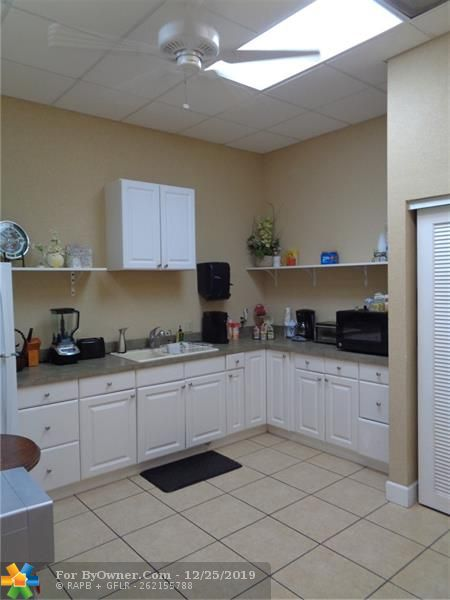 11931-11935 NW 37th St, Coral Springs, Florida image 11