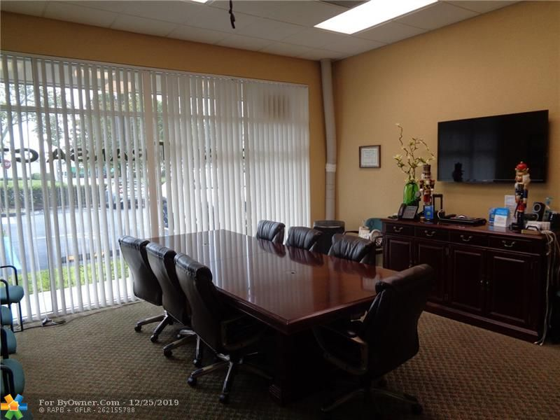 11931-11935 NW 37th St, Coral Springs, Florida image 21