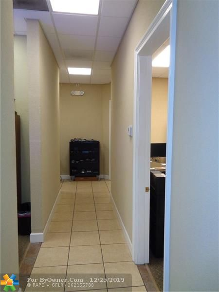 11931-11935 NW 37th St, Coral Springs, Florida image 23