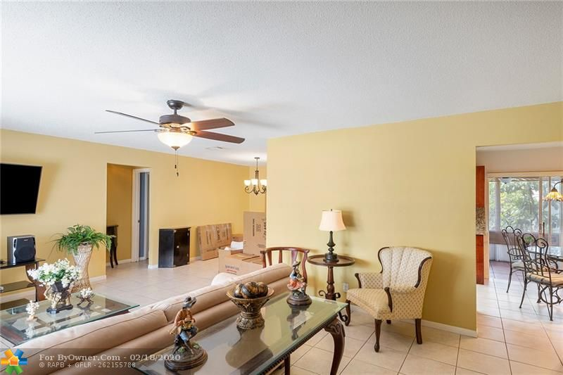 1465 NW 66th Ter, Margate, Florida image 3
