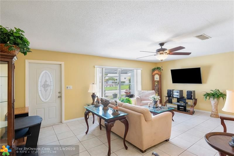 1465 NW 66th Ter, Margate, Florida image 4