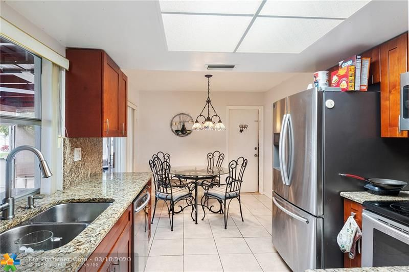 1465 NW 66th Ter, Margate, Florida image 7