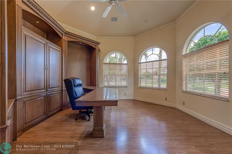 Additional bedroom or can be used as an office