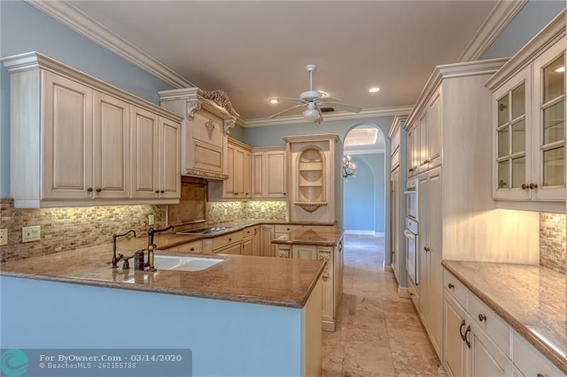 Open and spacious kitchen with tons of cabinets