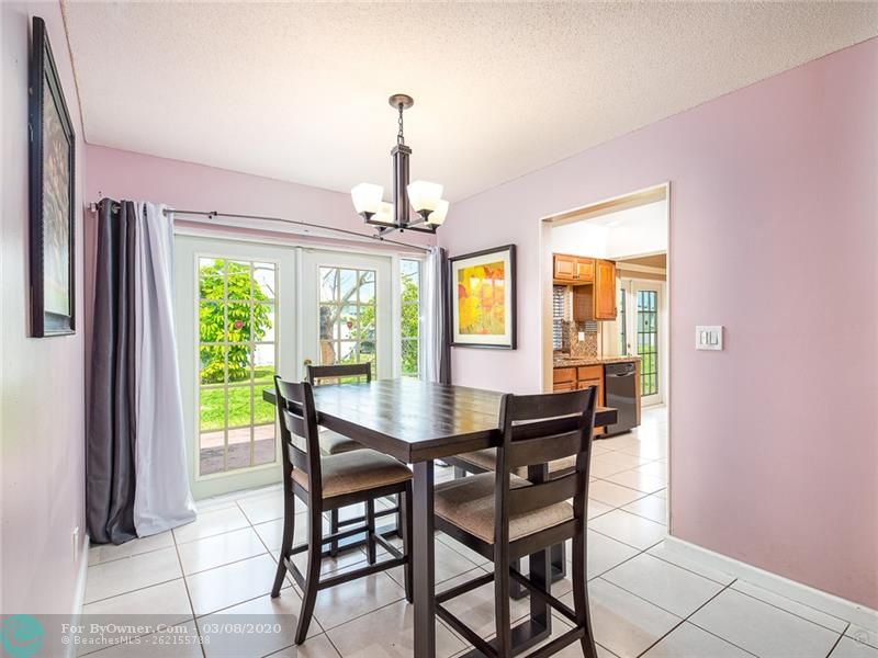 6735 NW 12th St, Margate, Florida image 13